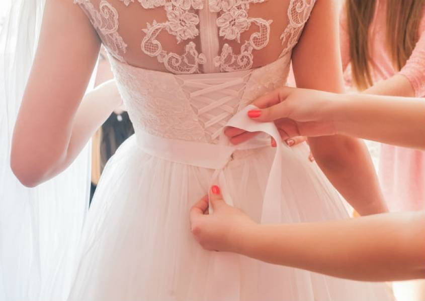 Tips before you put on your wedding dress!