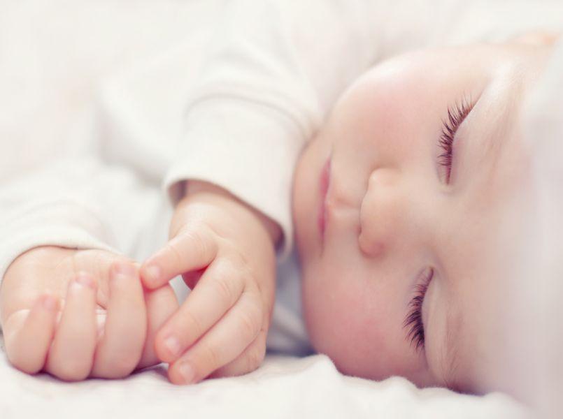 6 tips to get your baby sleeping through the night