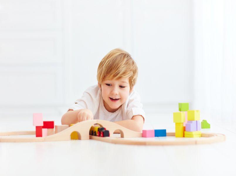 Hoe leer je je kind zelfstandig te spelen?