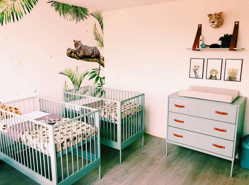 Binnenkijker hoe geweldig is deze jungle babykamer voor twins