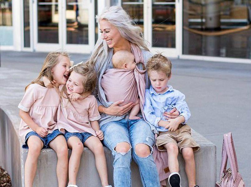 Populaire mamablogger deelt foto van haar postpartum lichaam