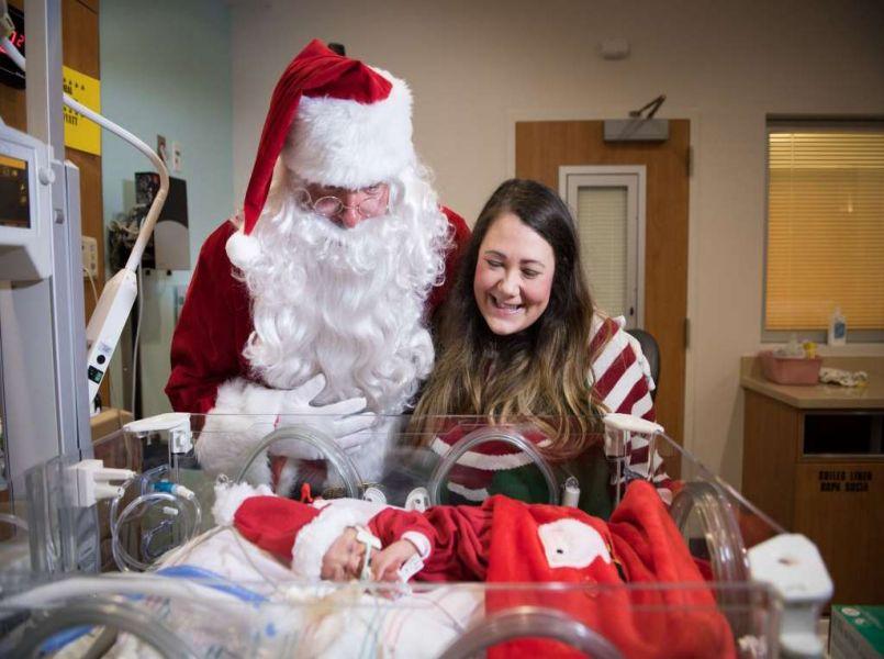 Hartverwarmende foto's: te vroeg geboren baby's vieren kerst