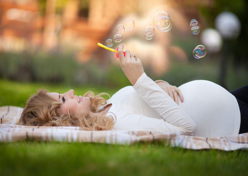 Waarom vooral de eerste zwangerschap magisch is