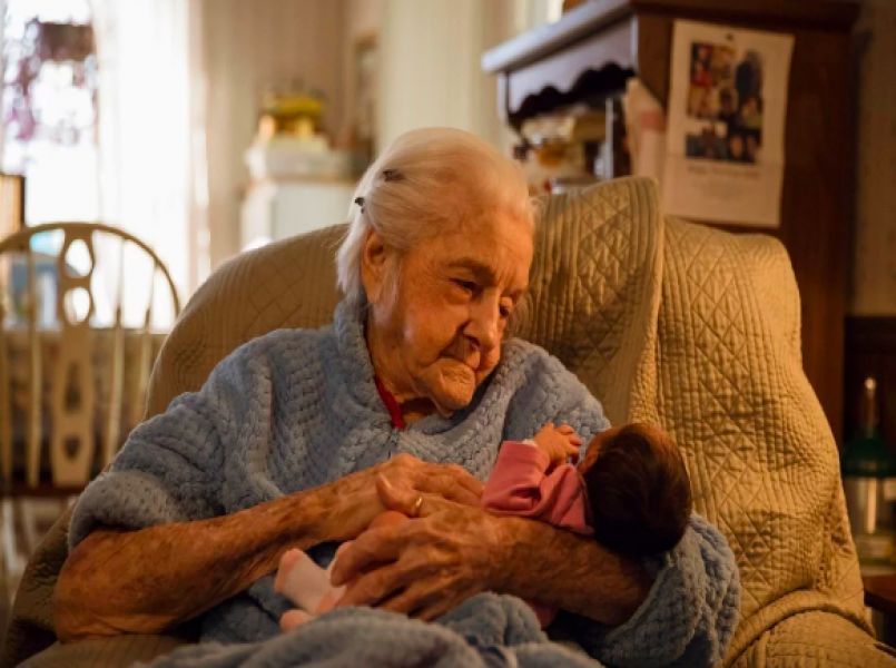 Heart-warming: fighting for your life to see your great-great-granddaughter