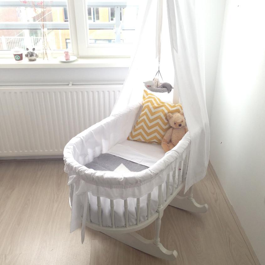 Stoel Babykamer Om Te Voeden.Wat Koop Je Absoluut Niet Voor De Babykamer En Wat Wel